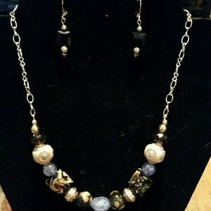 Jewelry - Bead necklace and Earrings